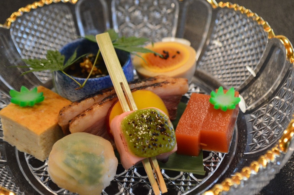FINE-DINING 'KAISEKI' COURSE AT SHUNKA